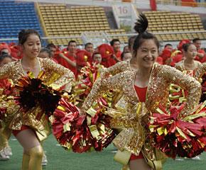 高清图:国庆联欢晚会排练场上的漂亮妹妹们