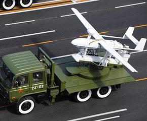 高清图:无人机方队通过天安门广场