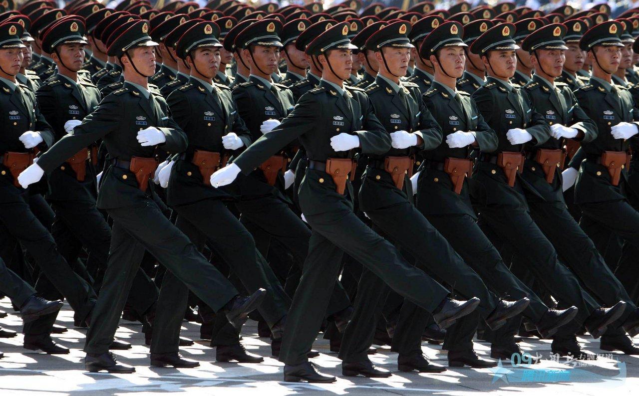 2009中国国庆大阅兵_国庆阅兵经典瞬间梅州网梅州最大型的新闻