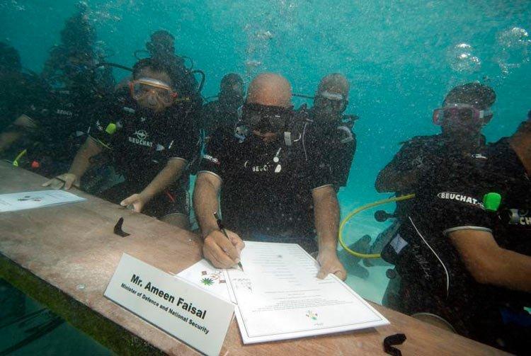 总统在水下召开内阁会议,新鲜