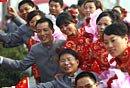 组图:北京国庆安保武警新人集体大婚