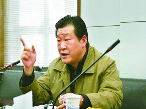 """周久耕完成35万字小说 被称""""监狱作协主席"""""""