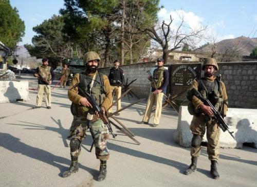 平可夫:巴基斯坦国产PK-10步枪仿制俄AK-47