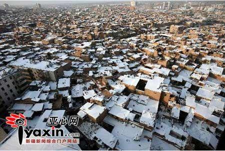 喀什暴雪创历史极值 大棚倒塌1人被压死(图)