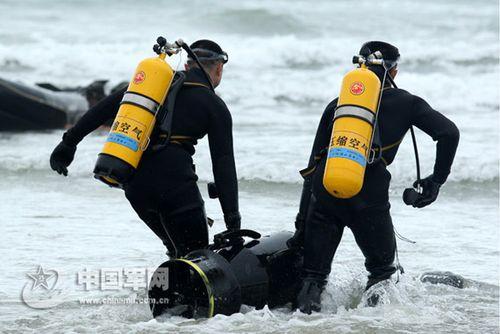 我国引进澳大利亚潜水系统 下潜深度可达300米