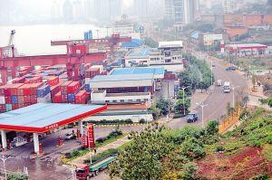 重庆涪陵最牛加油站区域:2公里内有10座加油站