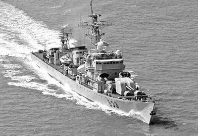 香港回归前中英海军曾对峙72小时