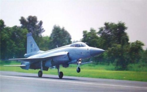 巴基斯坦将中国武器国产化后积极对外推销