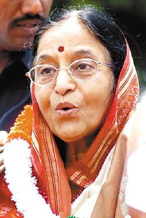 印度74岁女总统将搭乘苏-30战机体验高速飞行