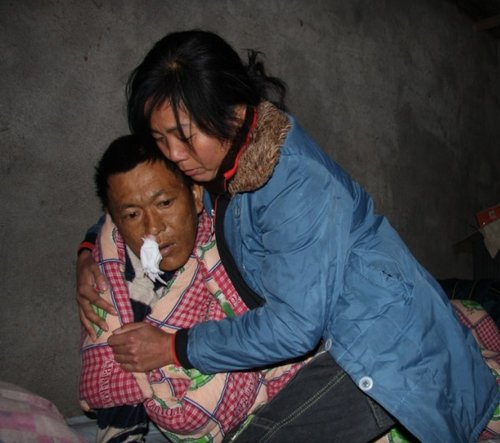妻子帮病危丈夫寻找前期母子(图)
