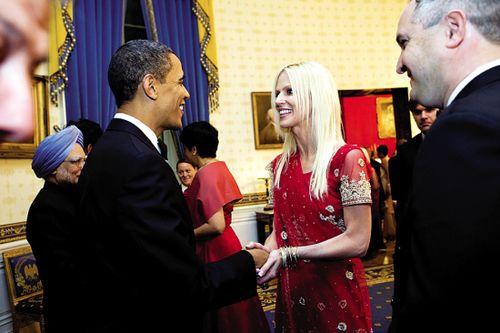 """""""蹭饭夫妻""""和奥巴马握手照曝光"""
