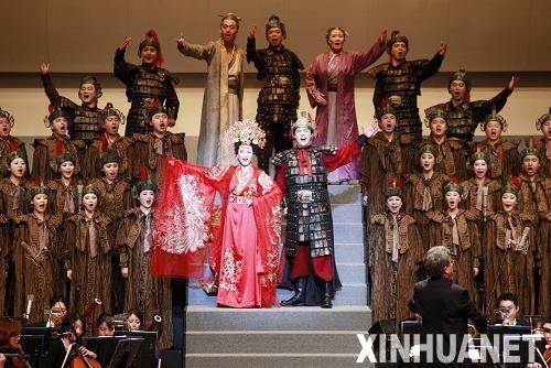 总政歌舞团访日演出受欢迎