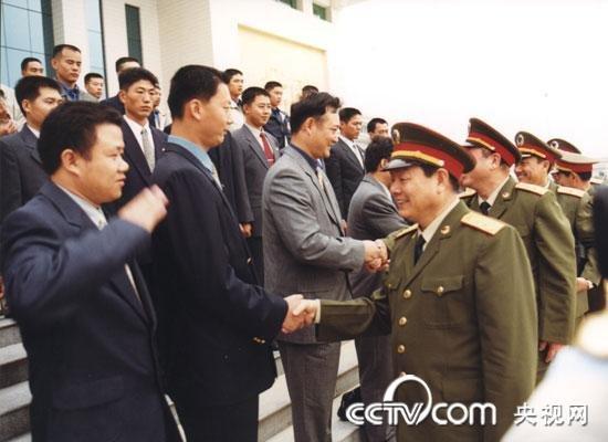 四代领导人关注澳门问题 军方公布珍贵照片图片