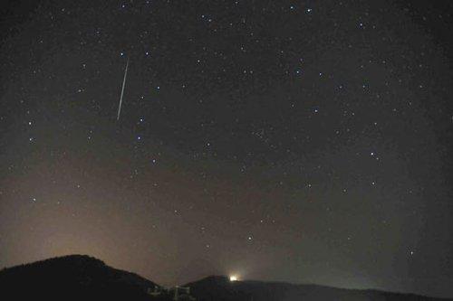 双子座流星雨绽放夜空 天文迷寒风守望 - rszx - 容山中学官方博客