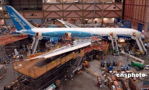 波音787梦幻客机试飞成功 明年将交付航空公司