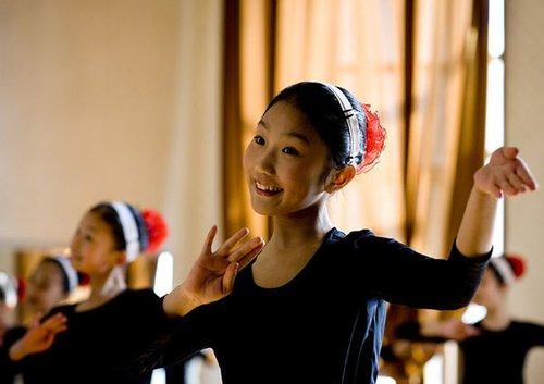 镜头里的朝鲜姑娘
