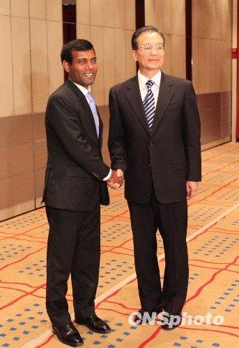 图:温家宝丹麦会见马尔代夫总统纳希德