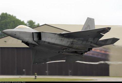 美将军确信F-22可破中俄最先进防空系统(图)