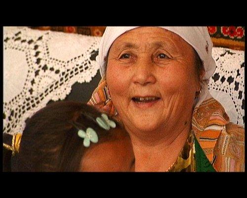 超越母爱——阿尼帕·阿力马洪