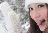 在雪花中撒个野
