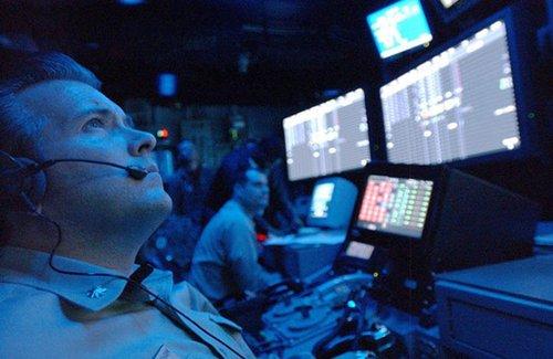 英媒:2050网络战中国大胜 英试图用核弹还击