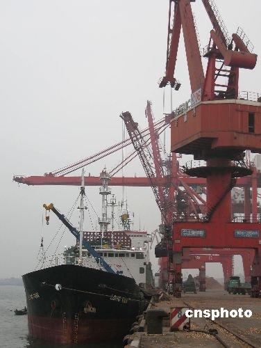 推进海南国际旅游岛 适时规建石油战略储备基地