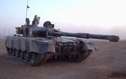 秘鲁防长透露:除坦克外还将购更多中国武器
