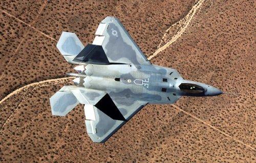 俄专家声称至少400架F-22才能突破俄防空系统