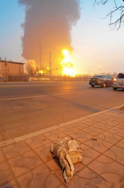 图文:兰州石化爆炸现场图片