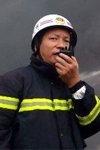 救援人员现场营救