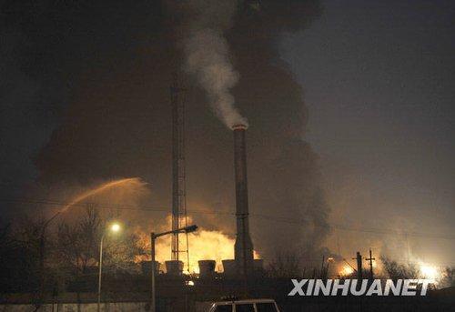 兰州石化公司石油化工厂316罐区发生爆炸着火事故