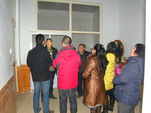山西万荣县成立抗震救灾指挥部应对地震