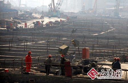 云南草海隧道局部坍塌续 初步认定为侧墙爆模