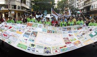世界社会论坛举行大游行声援海地要求停止派军队