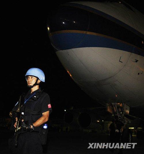 中国援助海地第二批救灾物资抵达太子港