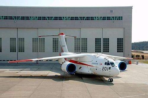 日本军用大飞机试飞成功 技术已领先中印