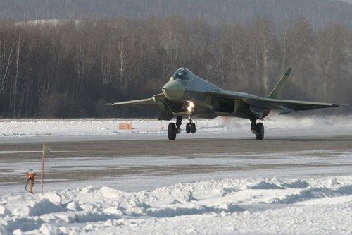 俄第五代战机集强击机与歼击机性能于一身