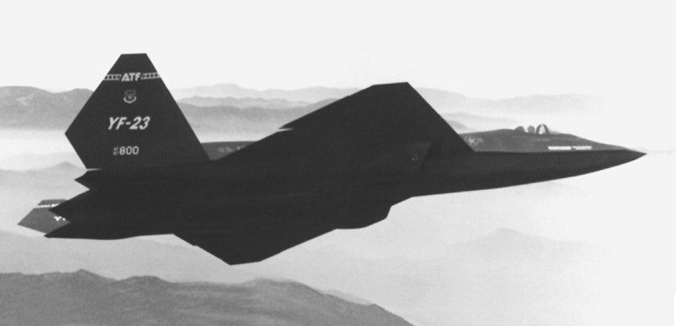 转身��.����9m��b�9�yf���_美国空军于1991年4月23日宣布yf-22获选优胜.