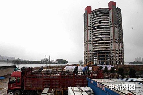 南昌四星宾馆捆炸药将爆破 200米外等同3级地震