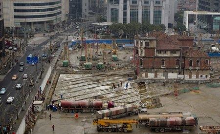 邱氏老宅未移动前(2010年1月31日)的位置。早报记者 徐晓林 图