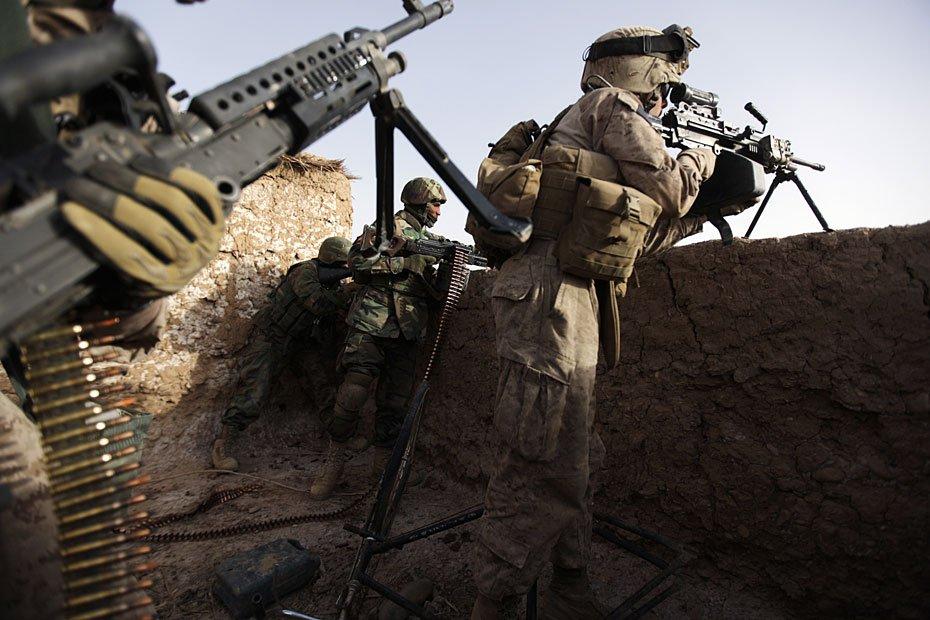 高清大图  驻阿联军与塔利班展开激烈巷战[10P]