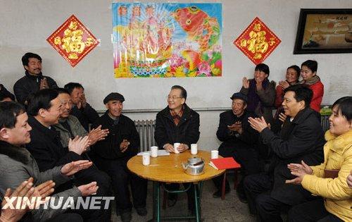 温家宝河北农家问政 午餐同吃大碗烩菜