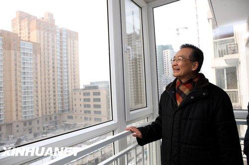 组图:温家宝总理在北京考察工作
