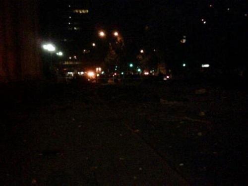 图文:地震造成圣地亚哥多地区停电