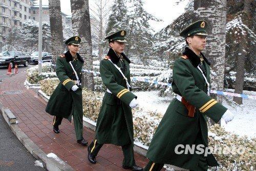 图文:北京警方加强全国两会驻地安保工作
