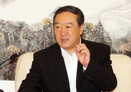 江西省委书记苏荣:应诚实地回答网民问题