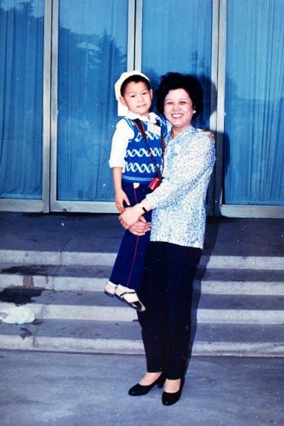 本网记者与陈至立的特殊情缘:时隔21年再为她拍照