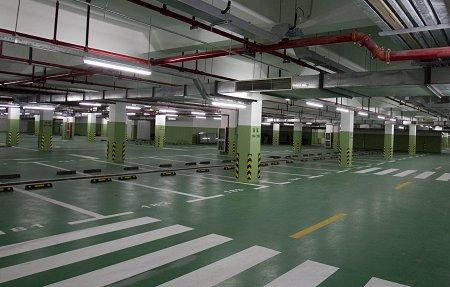 图片说明:世博村拥有千余个地下停车位.图片