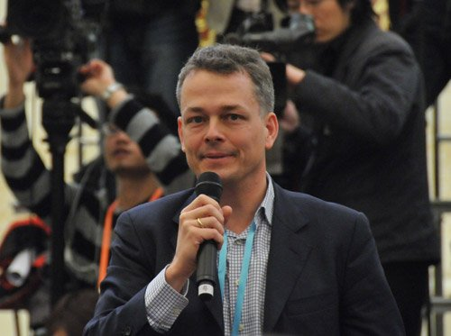 图文:德国法兰克福汇报记者提问