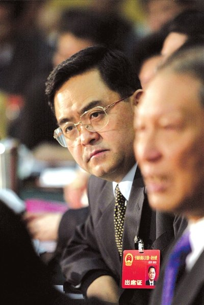 季允石参加两会小组讨论(资料图片)。图/CFP